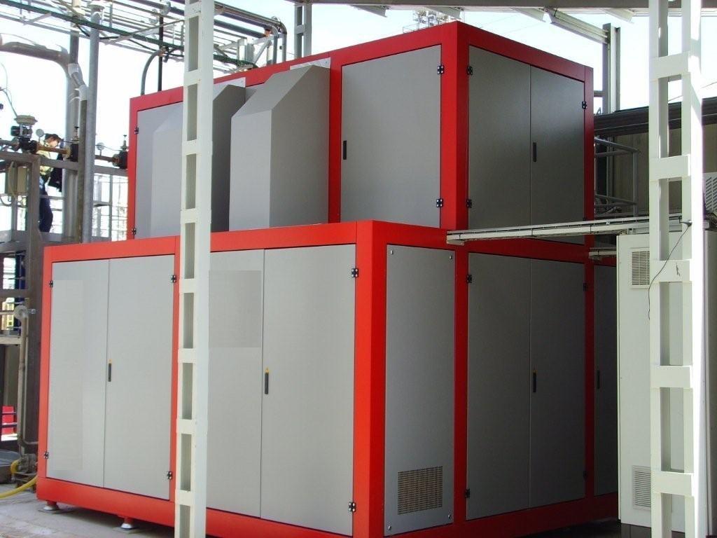 Mechanical vapor recompression evaporator